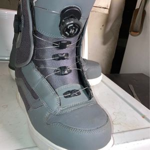 Vans snowboarding Boots BOA Laces Size 10.5 for Sale in Hacienda Heights, CA