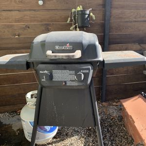 CharBroil Grill for Sale in Los Angeles, CA