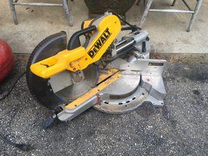 Dewalt miter saw dw718 for Sale in Pelham, NH