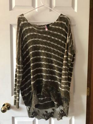 Cute fall sweater! for Sale in Spokane, WA