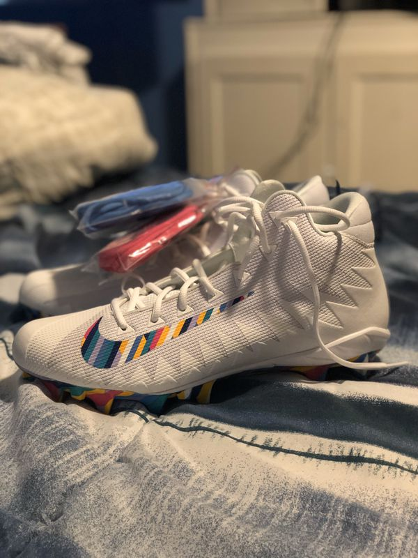 Nike Alpha Menace Pro Crucial Catch