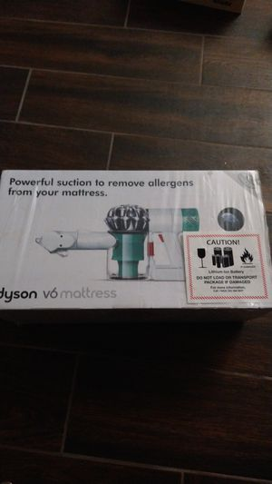 Dyson V6 mattress vaccum for Sale in Lincoln Acres, CA