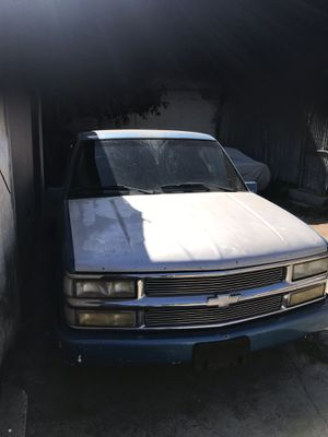 Chevy 1988 partes for Sale in Los Angeles, CA