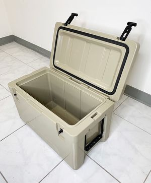 "New in box $70 Heavy-Duty 40qt Ice Box Cooler 24x13x15"" for Sale in Whittier, CA"