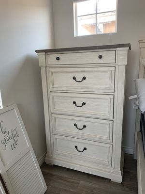Dresser for Sale in Ontario, CA