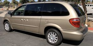 2003. Crysler town and country minivan for Sale in Staten Island, NY