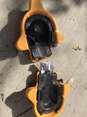 Rodilleras nuevas con ruedas for Sale in Riverside, IL