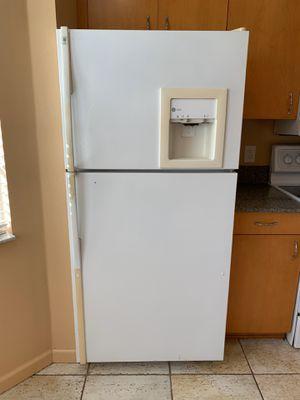 Top-freezer Fridge for Sale in Orlando, FL