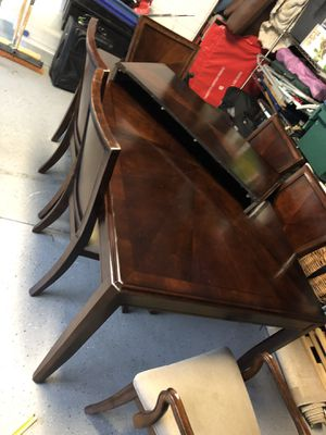 Dining table and chairs for Sale in Sterling, VA