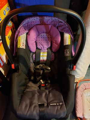 Graco infant car seat for Sale in Portland, OR