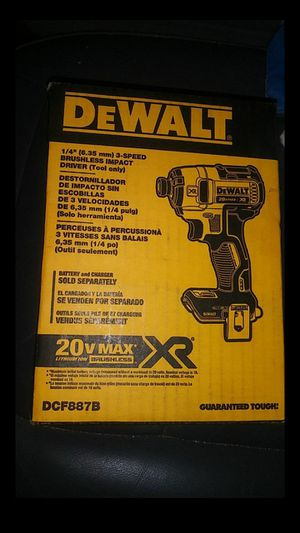 2 1/4 in. DeWalt impact drivers for Sale in Tampa, FL