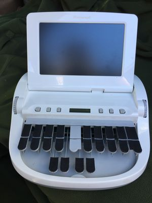 Stenograph Diamonte - white like new condition for Sale in Seattle, WA