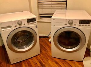 LG Front load Washer and Dryer. for Sale in New York, NY