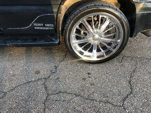 24inch rims and tires 6 lugs universal for Sale in Jackson, MS