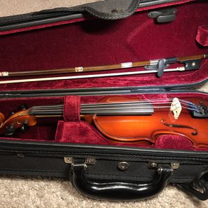 LAST ONE!!! Violin 1/10 Klaus Muller Prelude. Comes with, case, bow, rosin. Sell AS IS. for Sale in Fort Lauderdale, FL