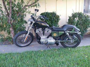 Harley Davidson 2002 motorcycle for Sale in Riverside, CA