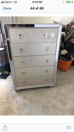 Only $50 Down! New Mirrored Chest. Silver. Free Delivery! for Sale in Anaheim, CA