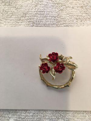 Mother's Vintage Brooch for Sale in Lakewood, CA