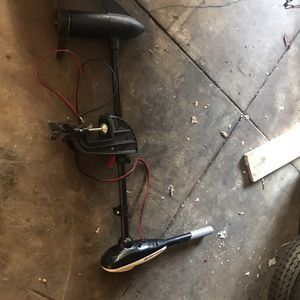 Trolling Motor (30lb Thrust) for Sale in Los Angeles, CA