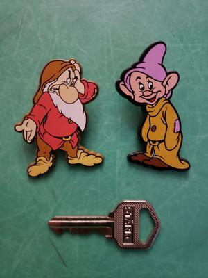 Disney Snow White and the 7 Dwarfs GRUMPY & DOPEY UK plastic Pin / Pins for Sale in Hemet, CA
