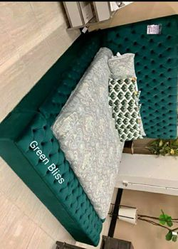 🔥Best Price Brand🆕️ SPECIAL] Bliss Velvet Green Queen Storage Platform Bed by Meridian G456👆IN STOCK👆 for Sale in Bailey's Crossroads,  VA
