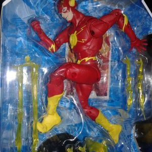 Dc Multiverse The Flash Collectible Action Figure for Sale in Berwyn, IL