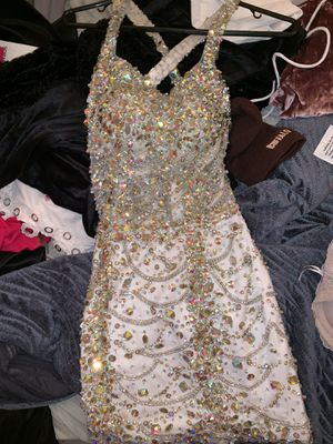 Beautiful prom dress for sale (NEVER worn out) for Sale in Port Richey, FL