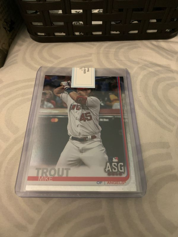 2019 Topps Update mike trout #us146 foil parallel