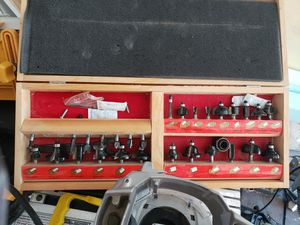router saw and table with bits for Sale in Dearborn Heights, MI