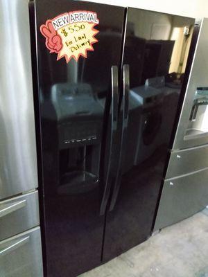 Kenmore Elite Side by Side Refrigerator 36 inch for Sale in Glendale, CA