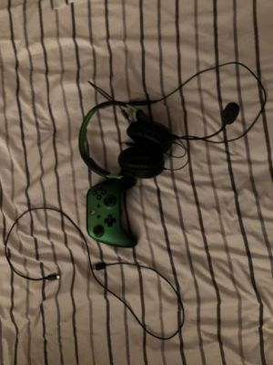 Xbox wired controller and turtle beach headset for Sale in Clifton, VA