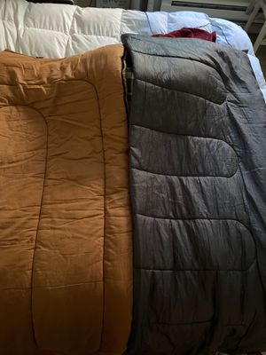 2 zip-up sleeping bags for adults for Sale in Mukilteo, WA