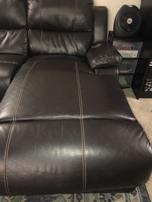 Brown leather chaise free for Sale in Bellevue, WA