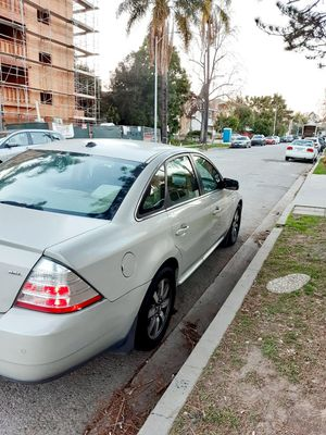 Ford Taurus clean title 2008 automatic for Sale in Los Angeles, CA