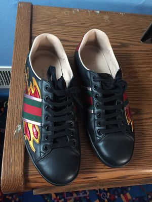 Gucci shoes for Sale in Hyattsville, MD