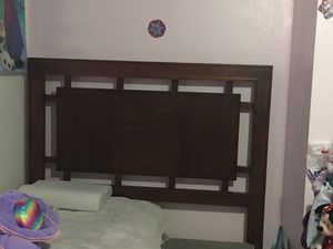 Queen Bed Frame for Sale in Mount Vernon, WA