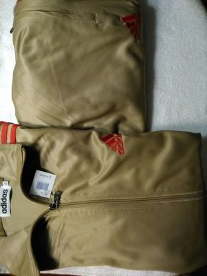 NEW SWEATS SUIT SET for Sale in Portsmouth, VA