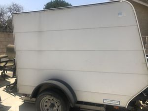 Used 5ft x 8ft enclosed trailer with single drop down door for Sale in Rialto, CA
