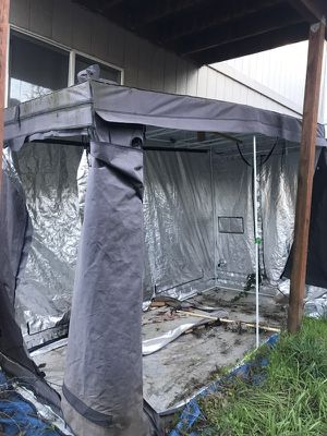 Large grow tent approx 12x5 only $40 for Sale in Gladstone, OR