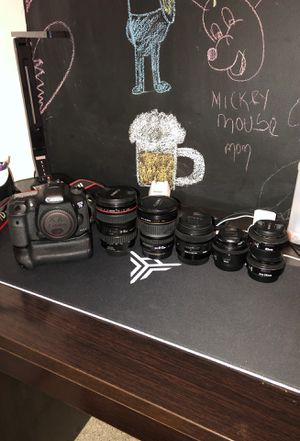 Canon 7d mk2 with 6 lens and a lot of extra for Sale in Fort Lauderdale, FL