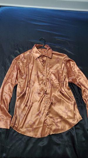 mens medium silk louis vuitton shirt for Sale in Orlando, FL