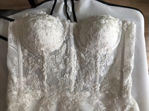 Vintage Lace Wedding Dress for Sale in Portland, OR