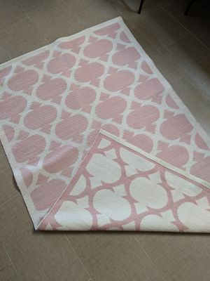Land of Nod, 4x6 Rug, Pink for Sale in Mesa, AZ