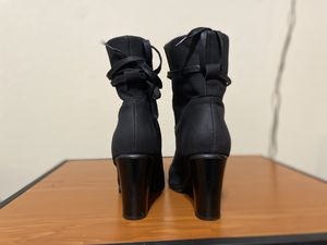 High heels boots sz 8 for Sale in Altamonte Springs, FL
