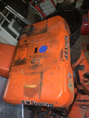 G1900 kubota side fender for Sale in Keedysville, MD