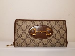 Gucci Supreme Brown Leather Woman's Wallet for Sale in Queens, NY