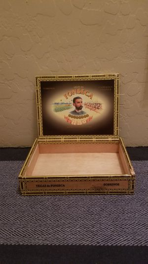 Collectible, antique cigar box for display, storage, man cave, or desk for Sale in Peoria, AZ