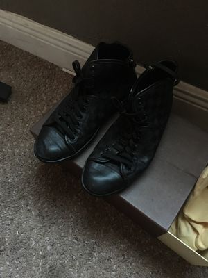 Louis Vuitton shoes for Sale in Tampa, FL