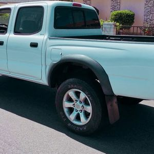 Runs excellent 2003 Toyota Tacoma Needs nothing for Sale in St. Petersburg, FL