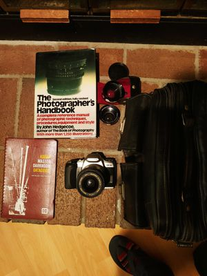 2000 Pentax ZX 35mm w/additional Lenses, Cases, and Photography books for Sale in NEW PRT RCHY, FL
